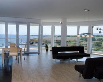Hotel Romance - Kiten - Living room