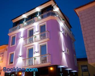Hotel Muchacho - Macedo de Cavaleiros - Building