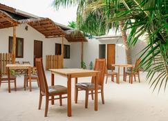 The Castaway retreat - Feridhoo - Patio