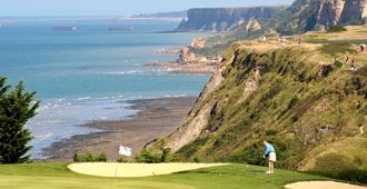 Mercure Bayeux Omaha Beach - Port-en-Bessin-Huppain - Golf course