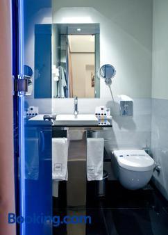 拉塞特酒店 - 丹尼亞 - 德尼亞 - 浴室