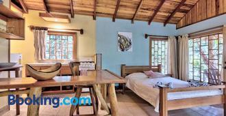 El Nido Pool & Garden Lodge - Пуэрто Вьехо - Спальня