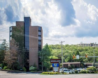 The Woodlands Inn Ascend Hotel Collection - Wilkes-Barre - Building
