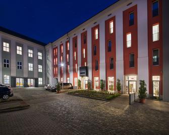Ea Business Hotel Jihlava - Jihlava - Building