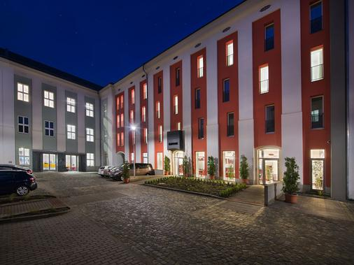 Ea Business Hotel Jihlava - Jihlava - Building