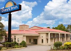 Days Inn Cleveland - Cleveland - Building