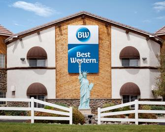 Best Western Liberty Inn - Lebec - Building