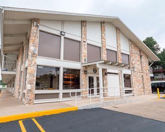 Motel 6 Boerne Tx - Boerne - Building