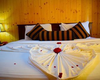 Blue Moon Guest House - Nuwara Eliya - Schlafzimmer