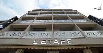 Citotel L'etape - Saint-Flour (Cantal) - Edificio