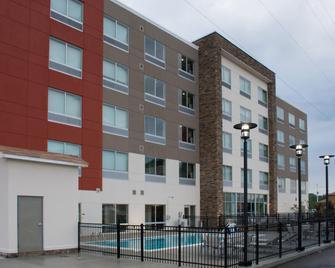 Holiday Inn Express & Suites West Memphis - West Memphis - Building