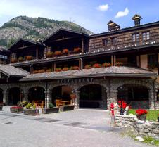 Ih Hotels Courmayeur Mont Blanc Resort