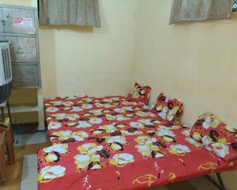 Sant Villa - Kanpur - Bedroom