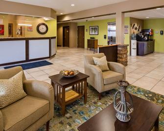 SureStay Plus Hotel by Best Western Buckhannon - Buckhannon - Lobby