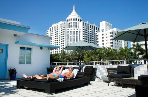 Aqua Hotel & Suites - Μαϊάμι Μπιτς - Κτίριο