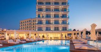 The Blue Ivy Hotel & Suites - Protaras - Building
