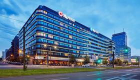 H4 Hotel Berlin Alexanderplatz - Berlin - Gebäude