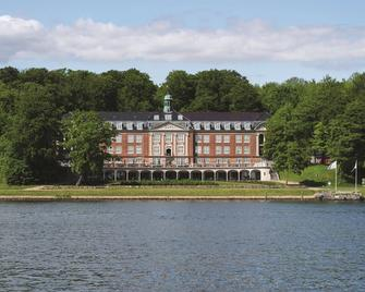 Hotel Koldingfjord - Kolding - Building