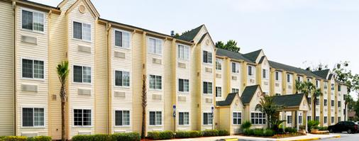 Hometown Inn & Suites Jacksonville - Butler Blvd./Southpoint - Τζάκσονβιλ - Κτίριο