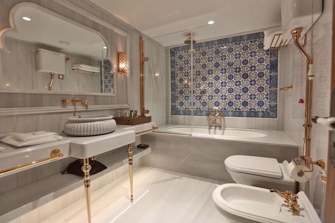 蘇丹阿合麥特奧瓦飯店 - 伊斯坦堡 - 浴室