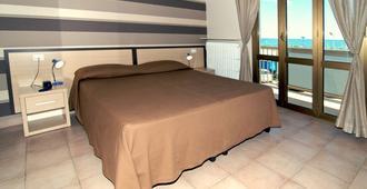 Hotel Velus - Civitanova Marche - Schlafzimmer