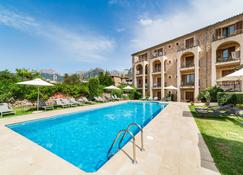 Hotel Ca'l Bisbe - Soller - Pool