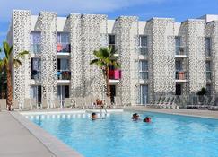 Résidence Odalys Nakâra - Agde - Building
