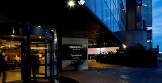 Starhotels President - Genua - Gebäude