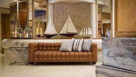Starhotels President - Genoa - Lobby