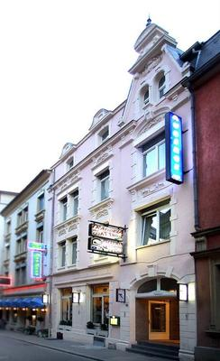 Auberge Gaglioti - Luxembourg - Building