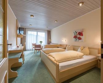 Hotel Gasthof Bräuwirth - Bergheim - Schlafzimmer