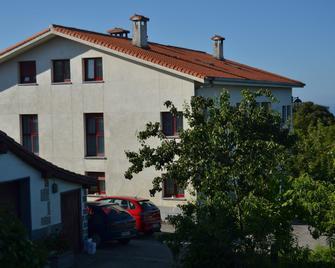 Agroturismo Donibane - Deba - Gebäude