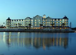 The Waterfront Inn - The Villages - Gebäude