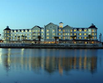 The Waterfront Inn - The Villages - Building