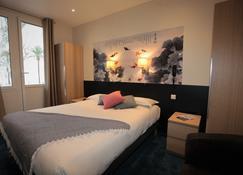 Hôtel Pavillon Impérial - Menton - Bedroom