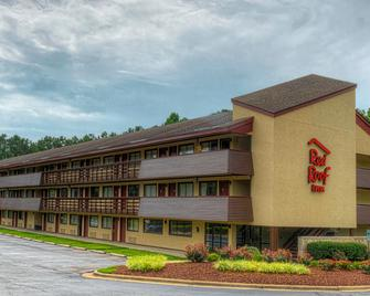Red Roof Inn Chapel Hill - UNC - Durham - Building