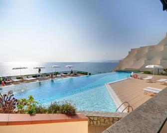 Grand Hotel San Pietro - Palinuro - Pool
