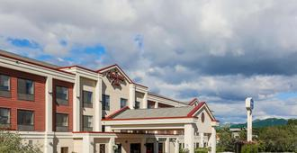 Hampton Inn-Anchorage - Anchorage - Building