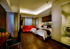 Aston Pluit Hotel & Residence - North Jakarta - Phòng ngủ