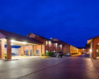Best Western Falcon Plaza - Bowling Green - Gebouw