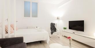 Pensión el Puerto - San Sebastian - Bedroom
