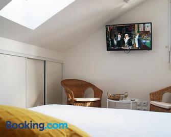La Résidence des 53 - La Roche-sur-Yon - Bedroom