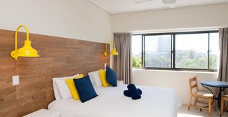 Plett Beachfront Accommodation - Plettenberg Bay - Bedroom