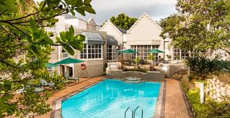 City Lodge Pinelands - Kapstaden - Pool