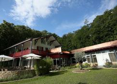 Chez Maman - Geneva - Building