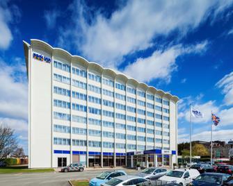 Park Inn by Radisson Hotel Northampton Town Centre - Northampton - Edifício