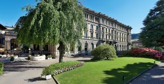 Palace Hotel - Como - Building