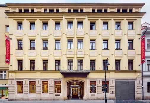 Grand Majestic Plaza - Prague - Building