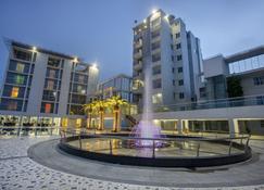 Momo Inn - Bogra - Edificio