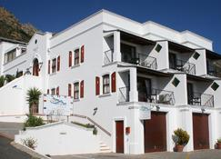 Berg en Zee Guesthouse - Gordon's Bay - Building